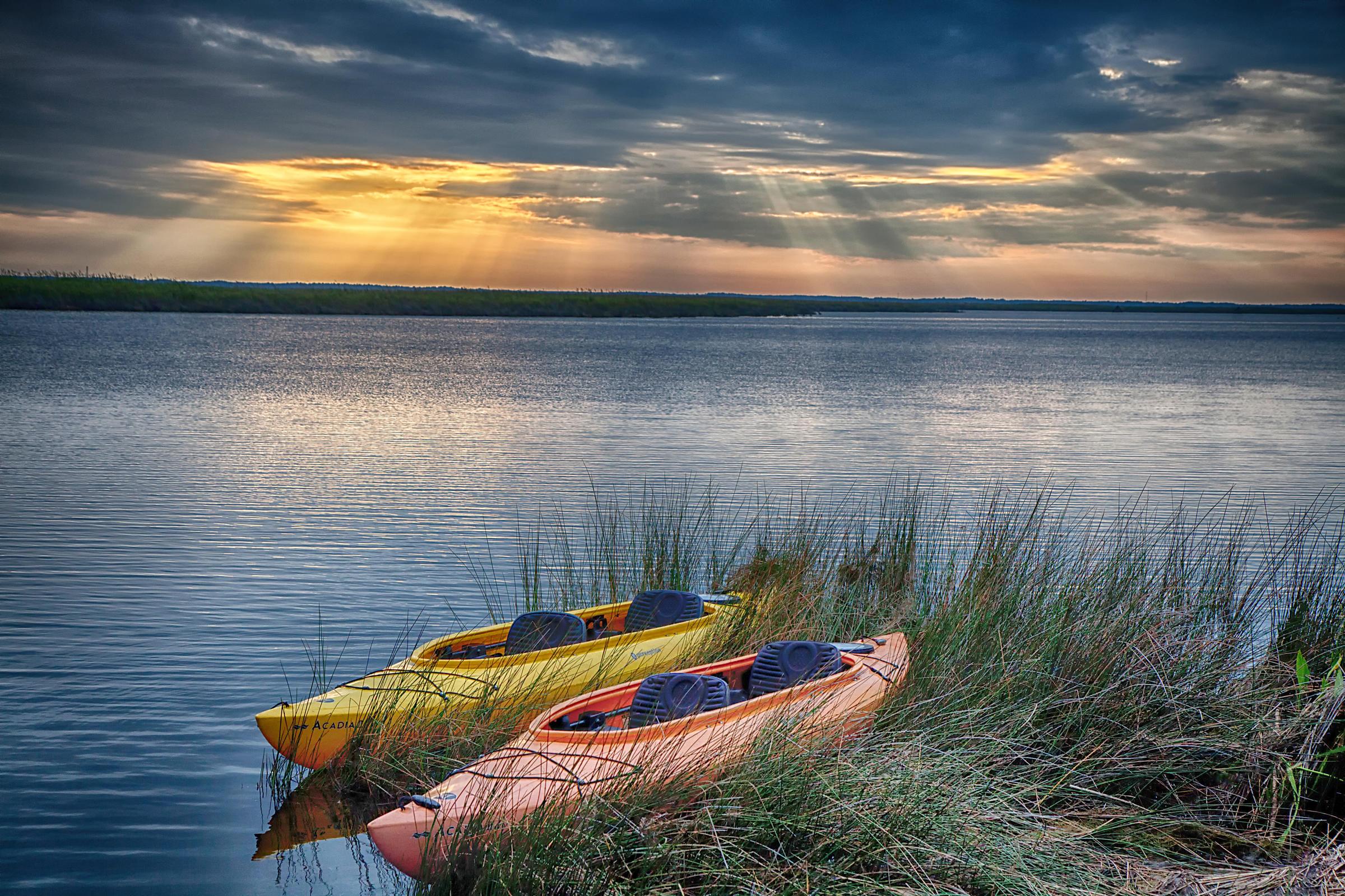 kayaks at Pine island